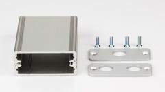 Bearbeitetes Aluminiumgehäuse 55x24x80 (BxHxT) 3xBNC